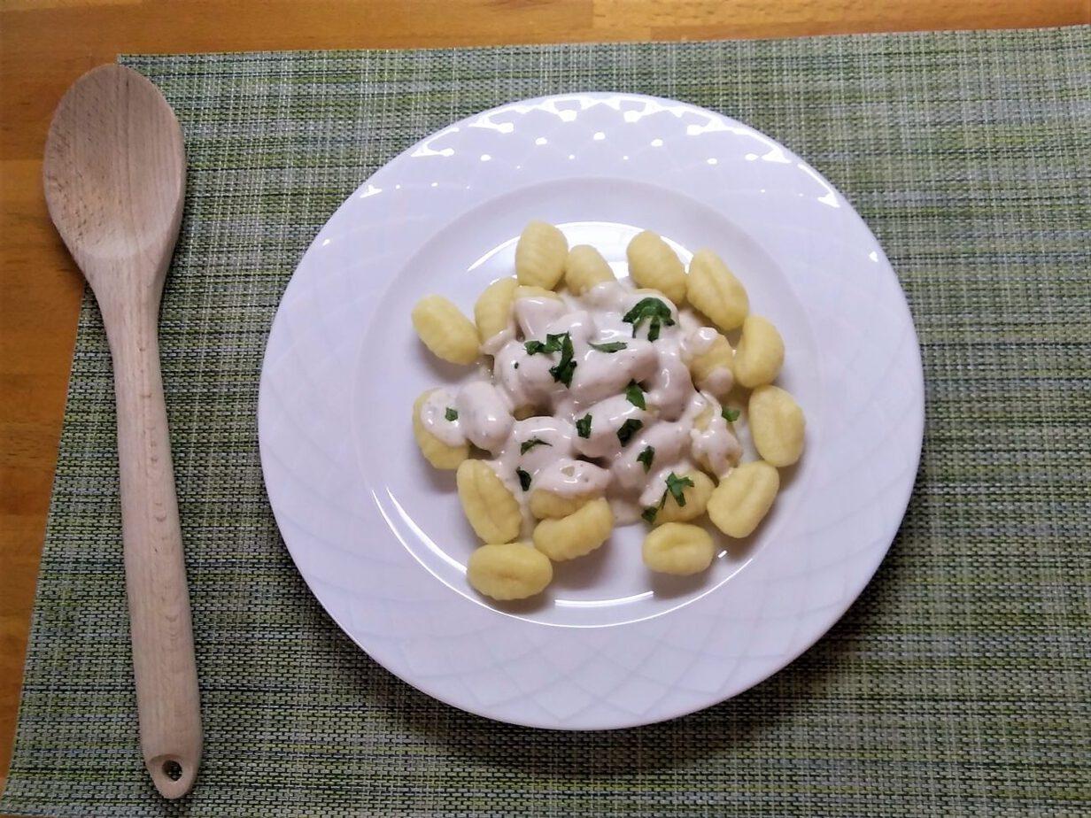 Νιόκι με σάλτσα Blue cheese
